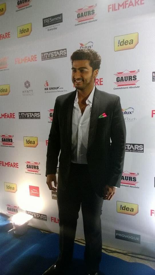 Handsome Arjun Kapoor Arrives At 59th Idea Filmfare Pre-Awards Party