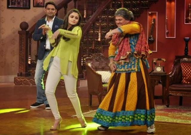 Alia Bhatt Shaking A Leg With Dadi During Promoting Her Movie
