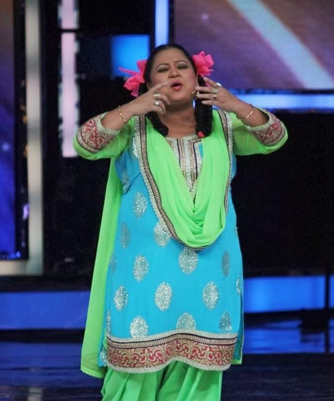 Comedian Bharti Singh Funny Pose During The Promotion Of Main Tera Hero On The Sets Of India's Got Talent