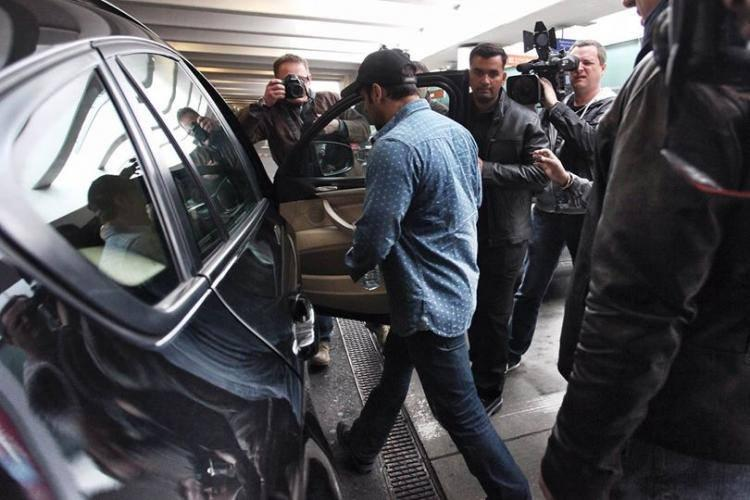 Salman Khan Snapped At Chopin Airport For Kick Shooting