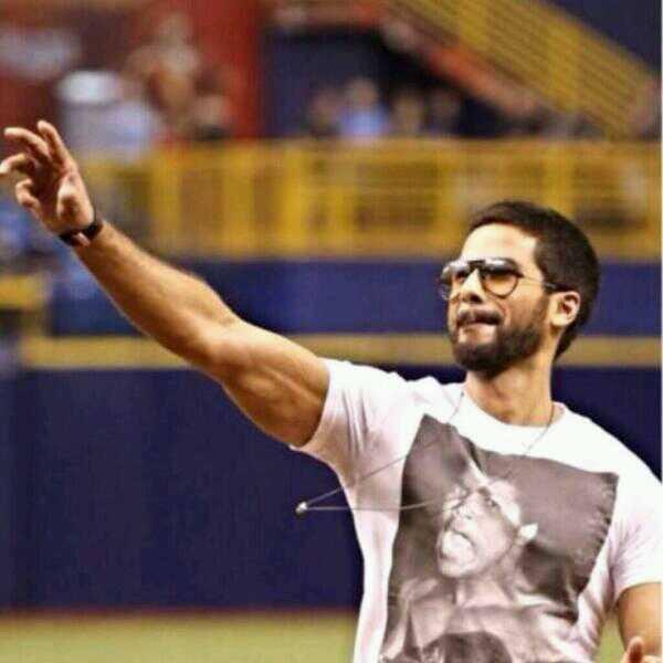 Shahid Kapoor Cool Dappers Look During Rays Baseballs Ceremonial First Pitch At Tampa