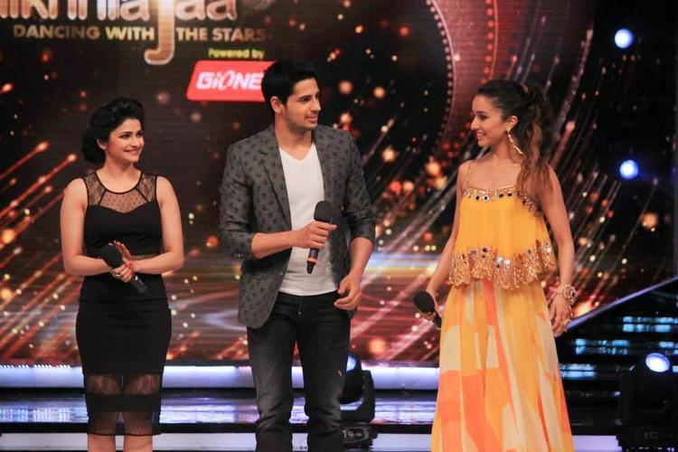 Ek Villain Team Promote Their Upcoming Bollywood Movie On Jhalak Dikhhla Jaa 7 Stage