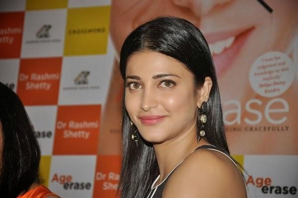 Stunning Shruti Haasan Attended The Book Launch Of Age Erase By Dr. Rashmi Shetty