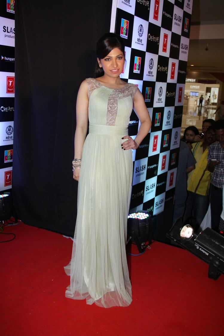 Singer Tulsi Kumar Posed In Red Carpet At The Creature 3D Movie Audio Release Event