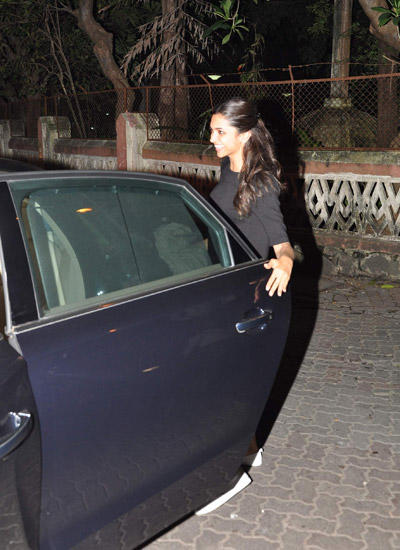 Bollywood Diva Deepika Padukone Clicked Recently At Badlapur's In Mumbai