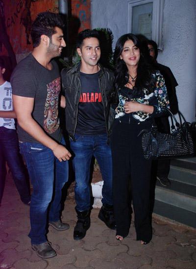 Arjun,Varun And Shruti Clicked During The Badlapur Wrapup Bash