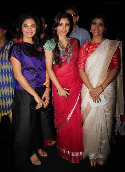 Soha Ali Khan And Konkona Sen Sharma In Saree At LFW Winter Festive 2014 On Day 2