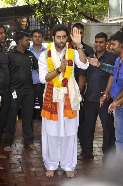 Abhishek At Siddhivinayak Temple In Mumbai To Seek Laord Ganesha's Blessings