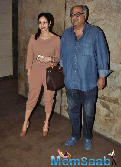 Boney Kapoor And Sridevi Posing For The Shutterbug At Screening Of Khoobsurat