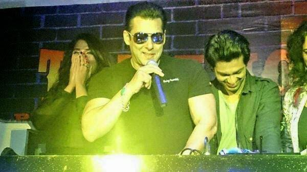 Salman Interacted With The Media During The Launch Of Tamanchey Song