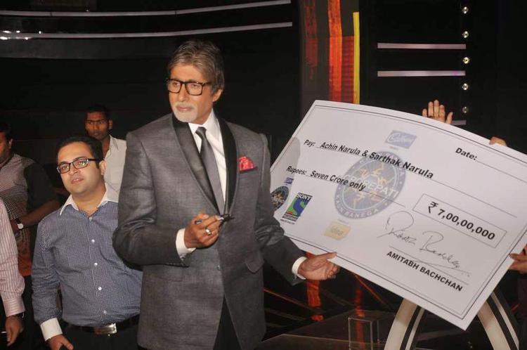 Big B Lauds First 7 Crore Winners Of KBC