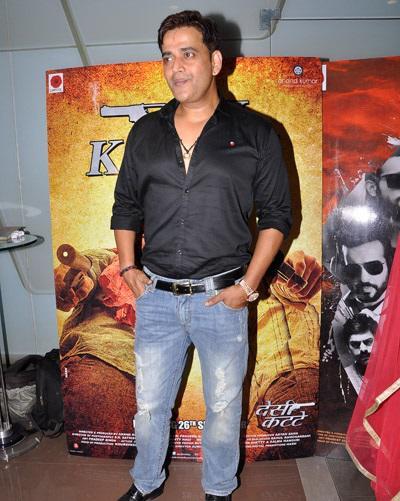 Good Friend Ravi Kishan Also Spotted At Desi Kattey Special Screening