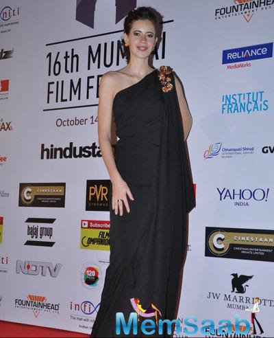 Kalki Koechlin One Shoulder Black Gown Stunning Look At The Opening Ceremony Of 16th Mumbai Film Festival 2014
