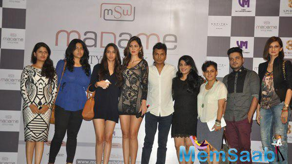 Bruna Abdullah And Vikram Phadnis Posing For Camera With Group At The Madame Style Week