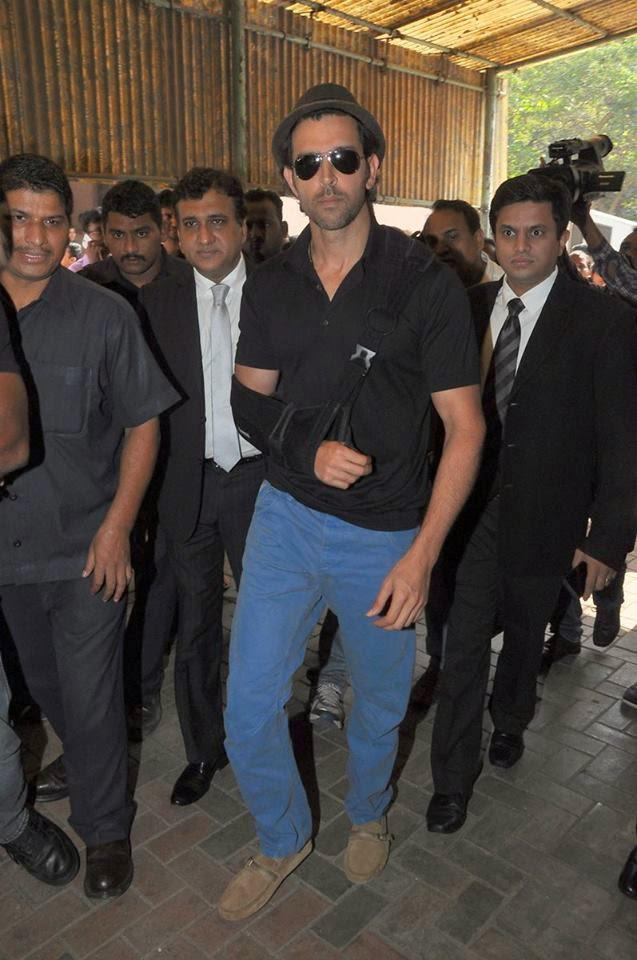 Hrithik Roshan Arrived At Mumbai Court