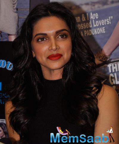 Deepika Padukone Gorgeous Look During The Launch Of Latest Issue Of Stardust Magazine