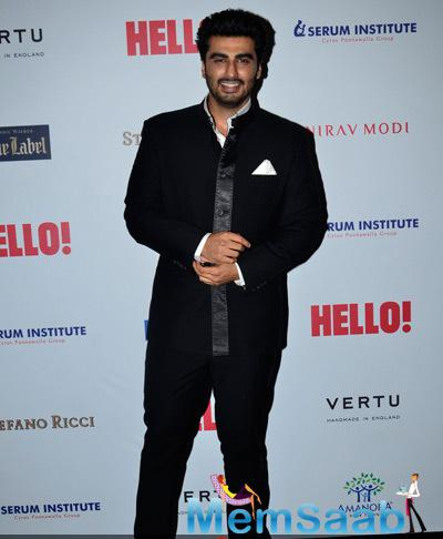 Arjun Kapoor Smiling Pose For Camera During The Hello! Hall Of Fame Awards 2014