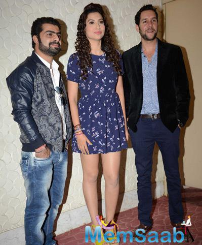 Sagar Bhatia,Gauhar Khan And Jeffrey Iqbal Posed At Press Conference Of Top 4 Performer