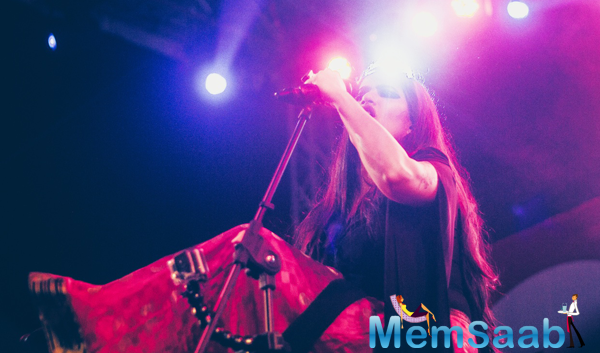 Sona Mohapatra Rocked At An Event Of IIM Bangalore