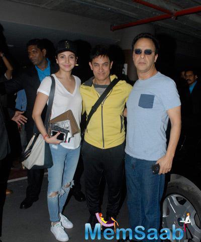Anushka Sharma,Aamir Khan And Vidhu Vinod Chopra Returned From Dubai
