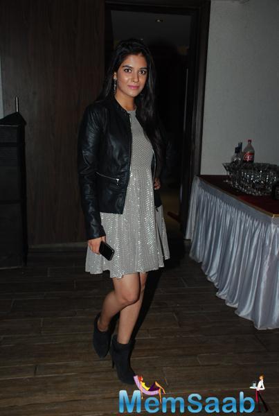 Pooja Gaur Stylish Look At Karanveer Bohra House Warming Party