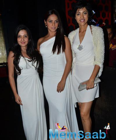 Neetu Chandra And Jesse Randhawa Posed During Sandip Soparkar 2014 Christmas Bash