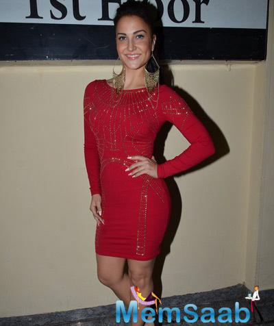 Elli Avram Clicked At A Screening Of Anurag Kashyap's Much-Awaited Movie Ugly