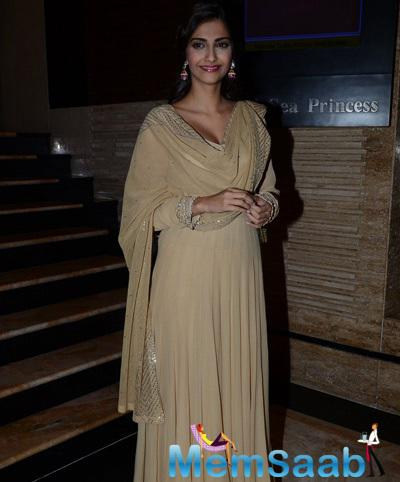 Sonam Picked Up A Light Brown Kalidar Anarkali With Silver Jootis And Jhumkis For The Event