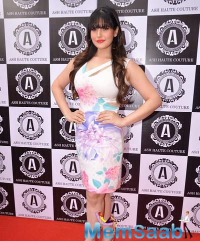 Zarine Khan Looks Stunning During The Ash Haute Couture Launch Event