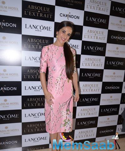 Tara Sharma Smiling Pose During Lancome Promotional Event Hosted By Tanaaz Doshi