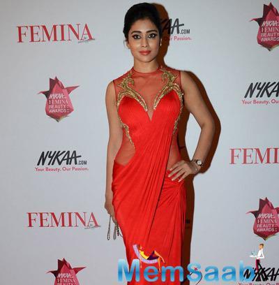Shriya Saran Radiant Still At Femina Beauty Awards 2015