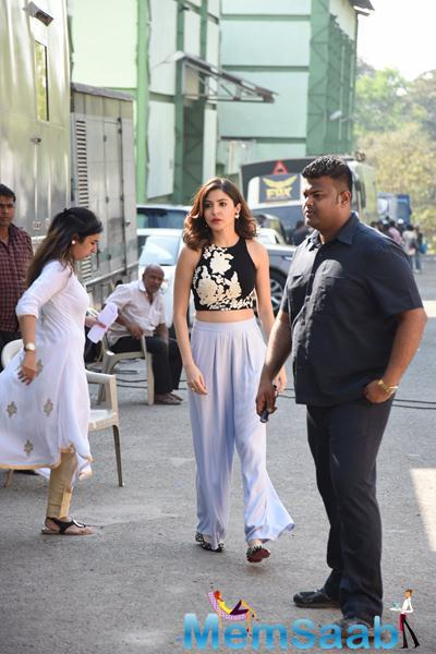 Anushka Sharma Arrived Mumbai Studio For Promoting NH10 Movie