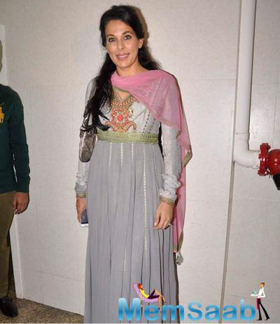 Pooja Bedi Posed For Camera During NGO Alert India Event