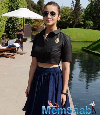 The Actress Looked Pretty As She Launched Rohit Khilnani's Book 'I Hate Bollywood' In Delhi