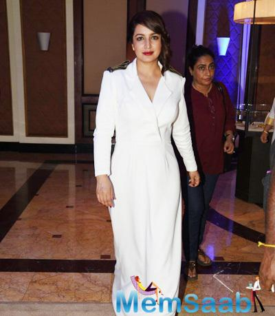 Tisca Chopra In White Dress With Red Lip At The Times Now ICICI NRI Of The Year Award Function