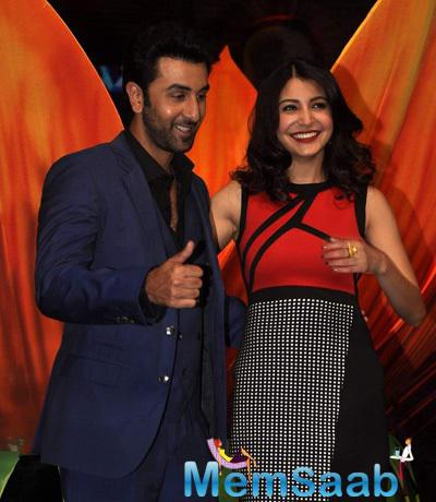 Ranbir Kapoor And Anushka Sharma Visited On The Sets Of India's Got Talent To Promote Their Upcoming Film Bombay Velvet