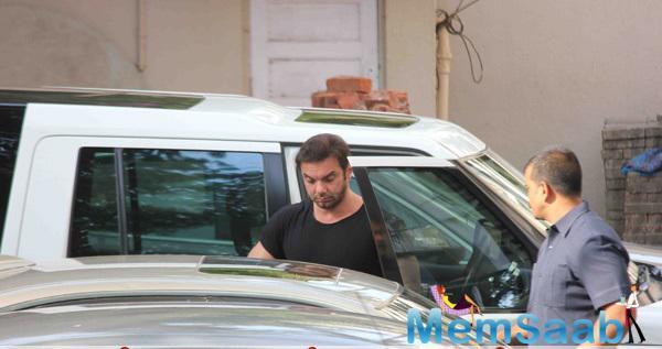 Sohail Khan Visit's Salman To Leaving House For Hit And Run Case Verdict