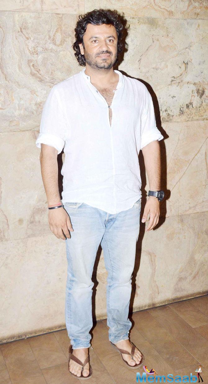 Vikas Bahl Present During The Screening Of Tanu Weds Manu Returns