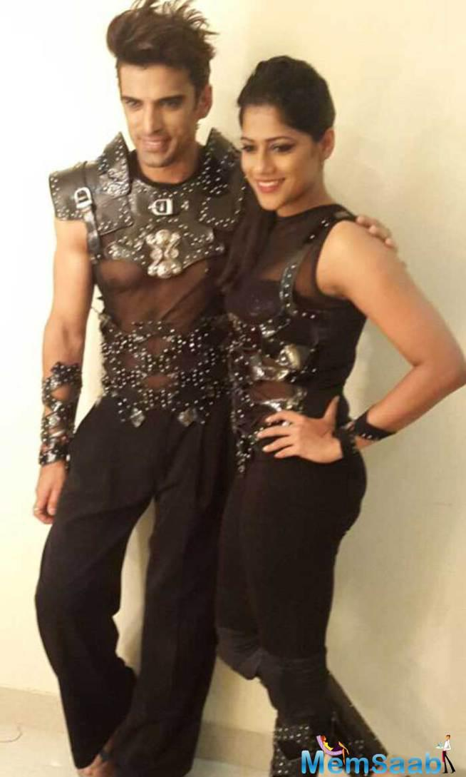 Mohit Malik Pose With Choreographer Marischa At The First Day Of Jhalak Dikhhla Jaa 8