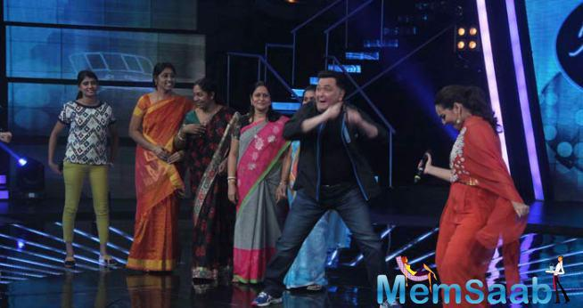 Rishi Kapoor Dance With Sonakshi And Juniors Morther's On The Sets IIJ Season 2