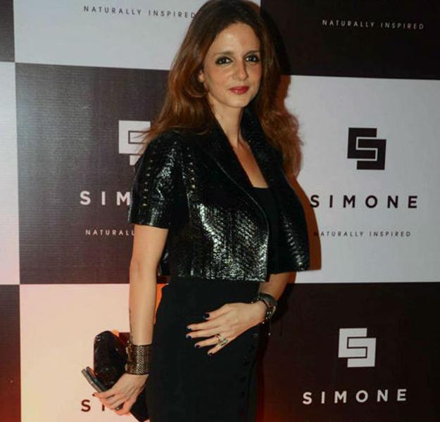Susanne Khan In Black Dress Stunning Look During Simone Khan Arora's Store Anniversary
