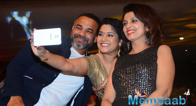 Renuka Shahane and Varsha Usgaonkar Takes A Selfie During The Event