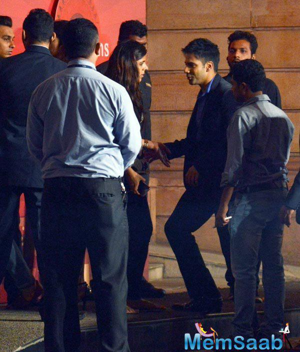 Varun Was Seen Dilwale Promotional Event At SBAS Anniversary Bash