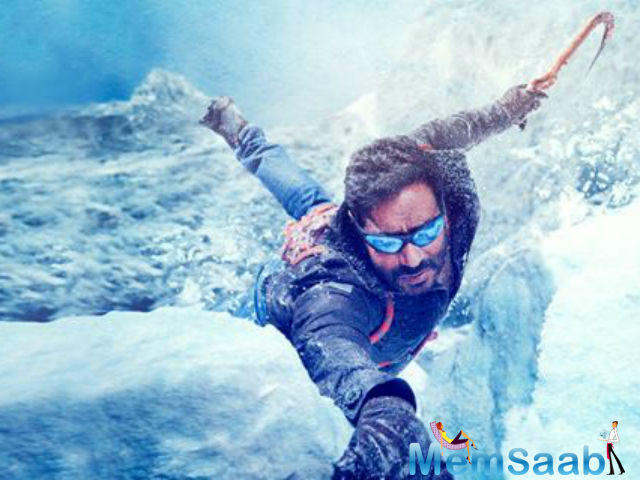 Look  this pic, Ajay Devgn takes you inside the 'breathtaking' locales of Shivaay shoot.