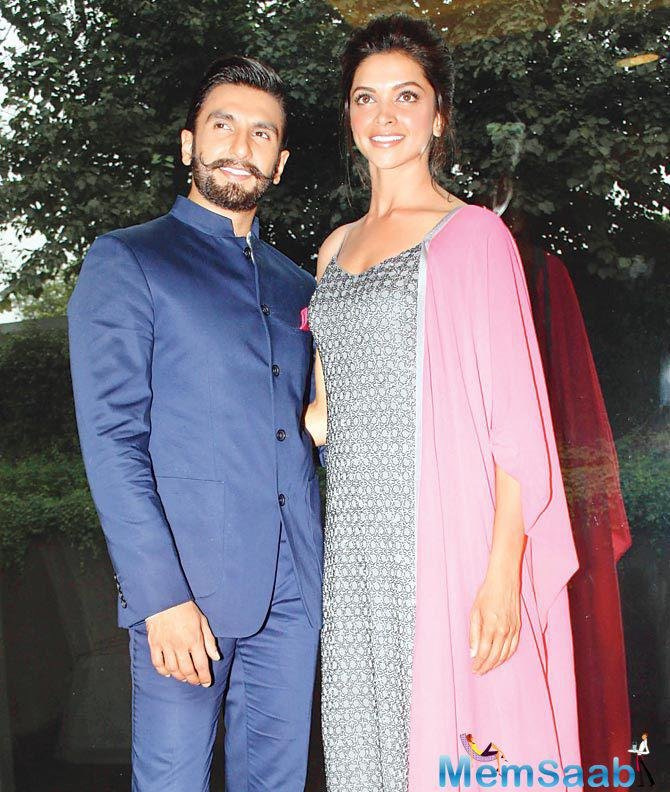 Deepika and Ranveer are one of the most stable and hottest couples of B-Town.As per the report Ranveer and his rumored girlfriend, along with their family members, have gone for a vacation to Austria.