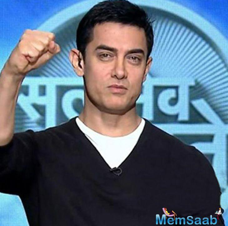 Recently, Aamir Khan has been sporting a silver nose stud for a while.