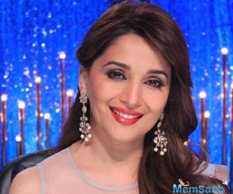After their last collaboration in Maar Daala from Devdas, some uncharitable remarks of the temperamental choreographer put Madhuri off until Karan Johar decided to sort out their differences.