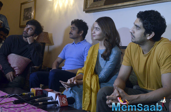 The team of Brahmastra - Ranbir Kapoor, Alia Bhatt, Mouni Roy - attended the first press conference to promote this film.