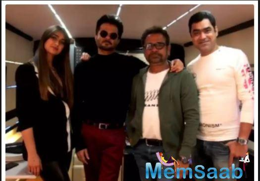 Giving a glimpse about his celebrations, Anil shared a video, where he can be seen with his 'Mubarakan' co-star Ileana D'Cruz, director Anees Bazme and producer Murad Khetani.