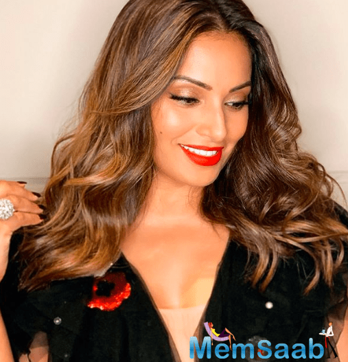 Marking her entry in Bollywood with 2001 release 'Ajnabee', Bipasha revealed that the adjective stayed with her even when she was doing movies.